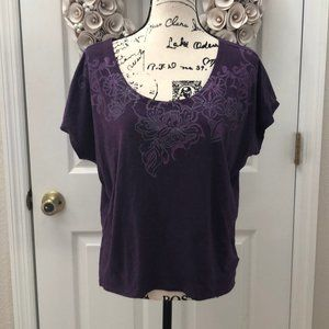 🆕Athleta purple w/design top